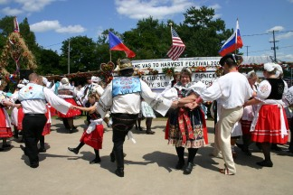 Czech folk dances during the Harvest Festival in Bannister.