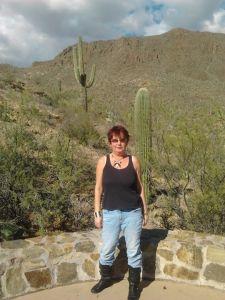 Emma Palova 2011 in Saguaro National Park