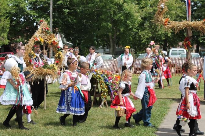 """Czech Harvest Festival """"Dozinky"""""""