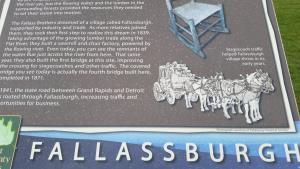 New signs in Fallasburg