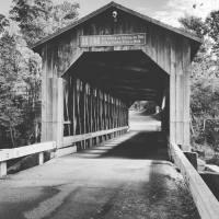 fallas-bridge-bw