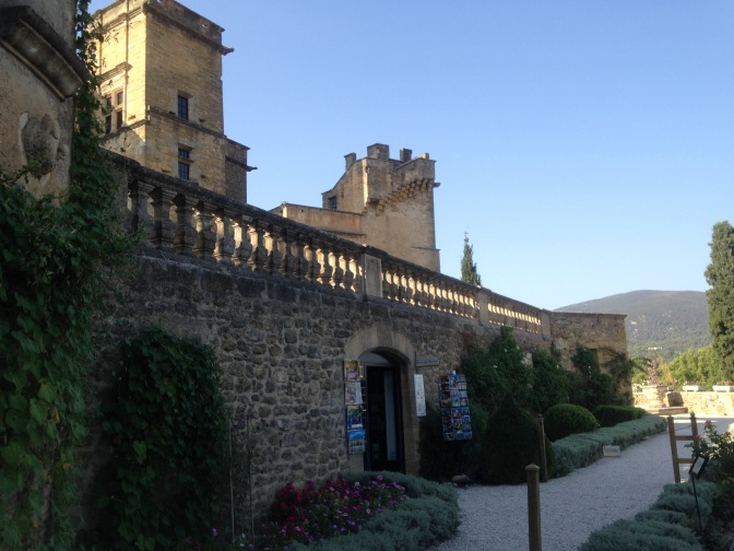 Exploring Lourmarin & Ansouis in Provence